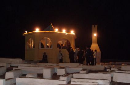 http://www.hevratpinto.org/tsadikim_n/images/mausole_de_rabbi_haim_pinto.jpg